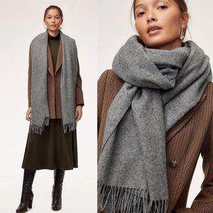 ✨ NWOT Charcoal Gray Wool Scarf   Artizia